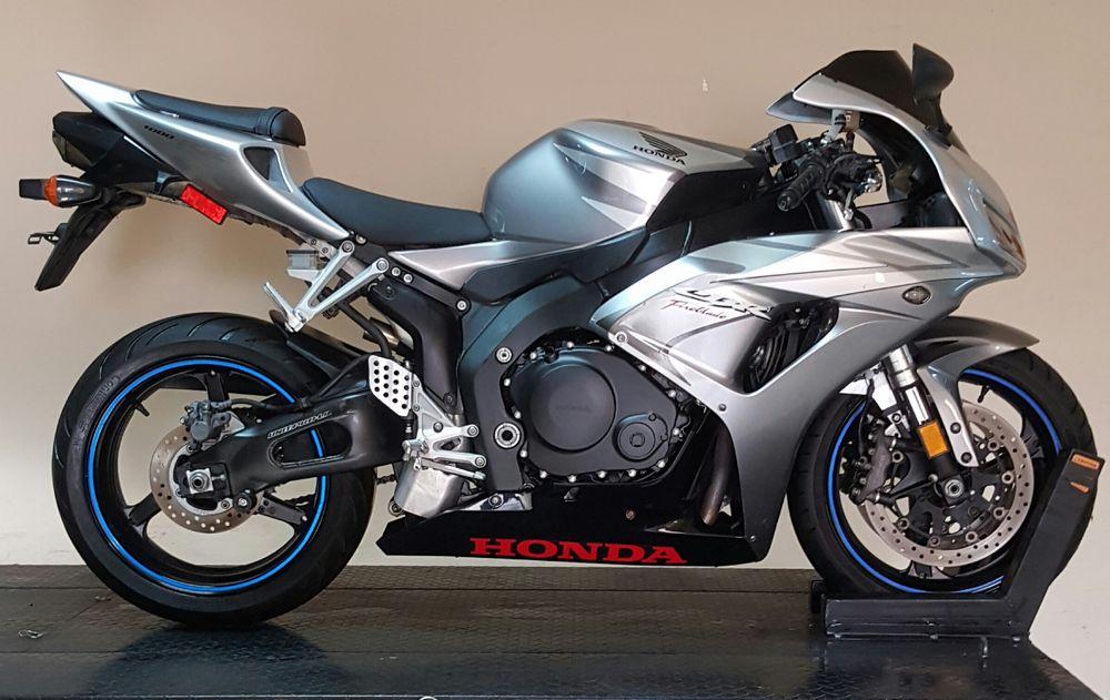 Honda Cbr 1000rr 2007 125000 Egp Egybikers Com