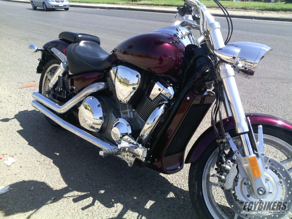 HONDA-VTX 1800F-2006 for Sale