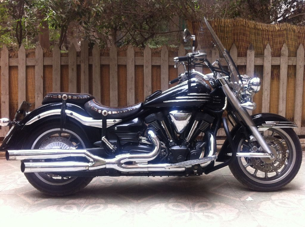 YAMAHA-XV1900 stratoliner midnight star-2010 for Sale